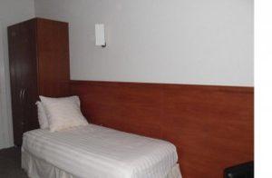 Comfort eenpersoonskamer zijkant